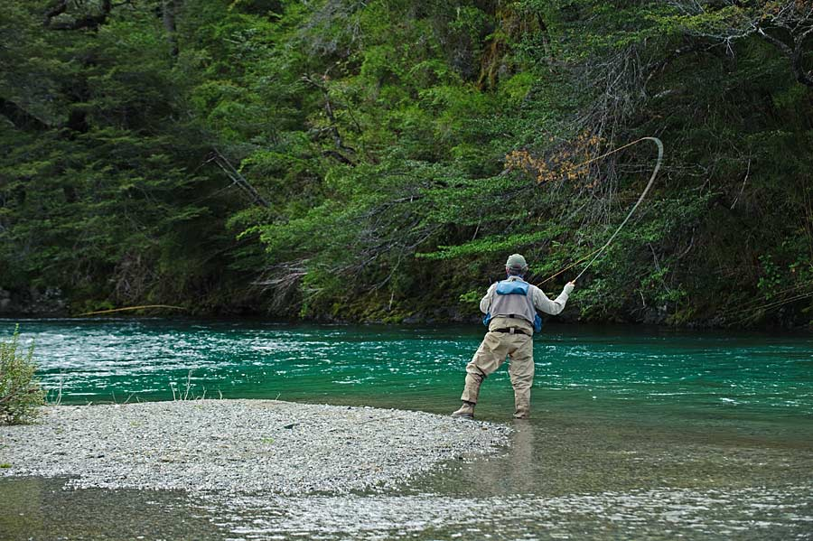 Fly fishing in patagonia argentina r o manso lodge for Fly fishing argentina
